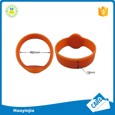 single color RFID wristband
